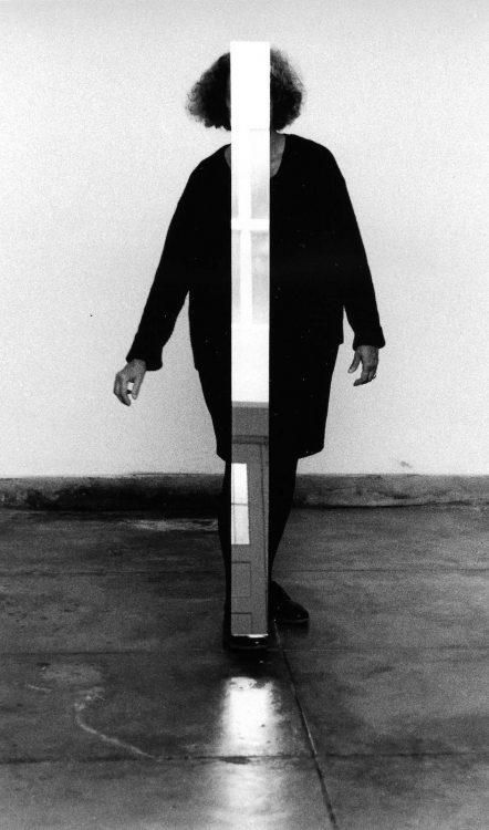 Helena Almeida — AWARE Women artists / Femmes artistes