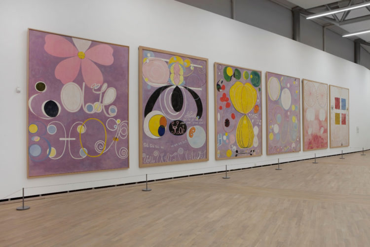 Hilma af Klint : la mère de l'abstraction - AWARE