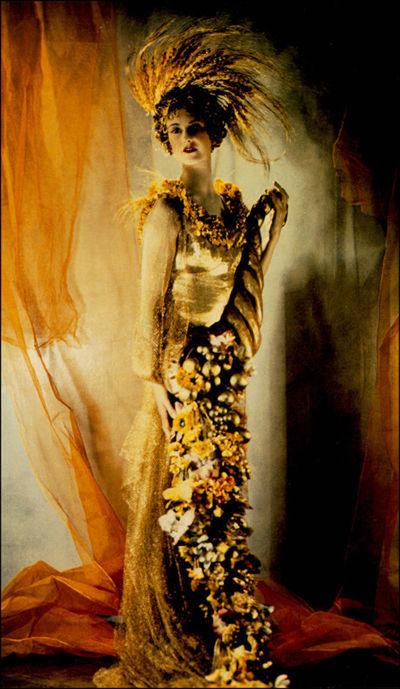 Madame Yevonde — AWARE Women artists / Femmes artistes