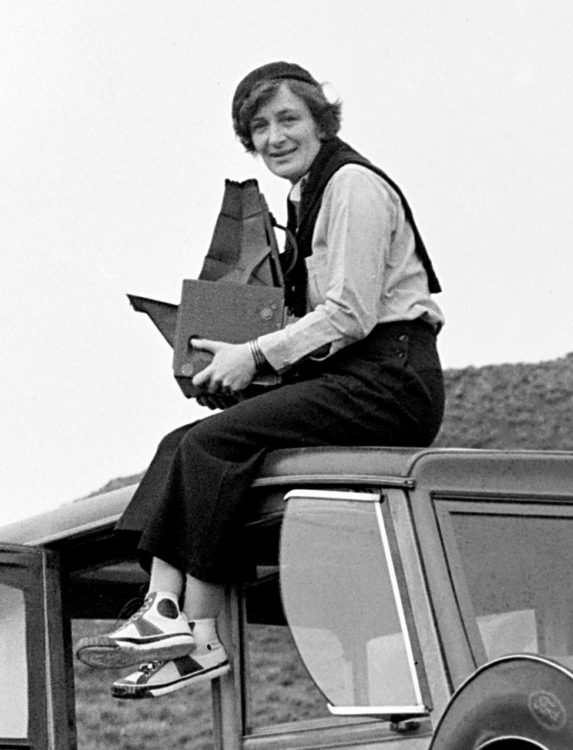 Dorothea Lange - AWARE