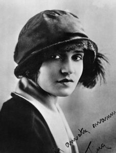Tina Modotti — AWARE Women artists / Femmes artistes
