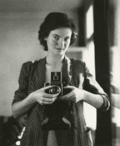 Marianne Breslauer — AWARE Women artists / Femmes artistes