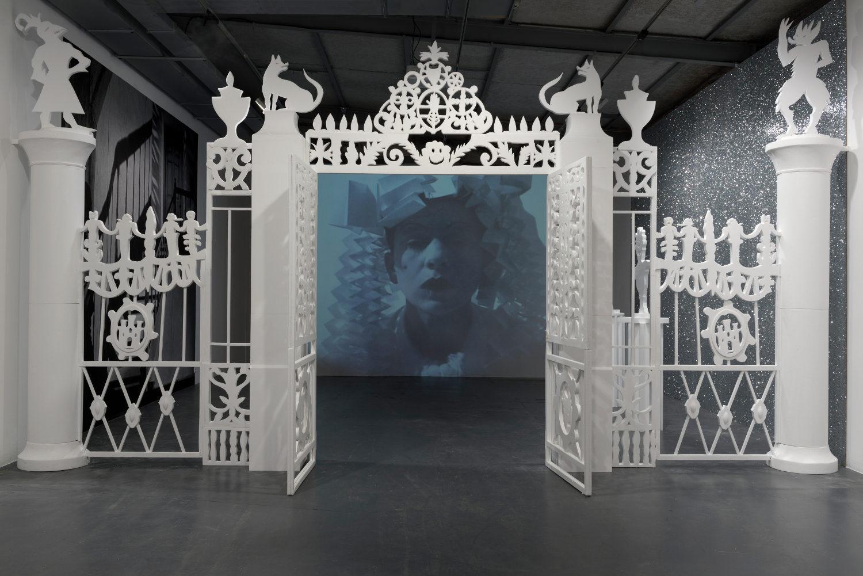 Le manège d'Hélène Delprat à la maison rouge - AWARE Artistes femmes / women artists