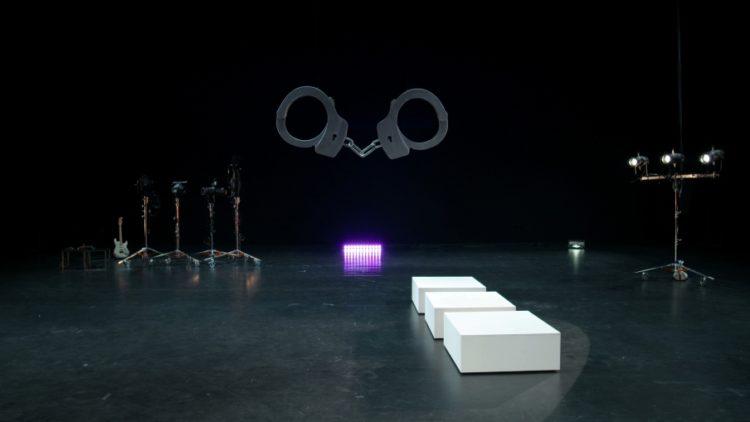 Pauline Boudry & Renate Lorenz  Improvisation télépathique - AWARE