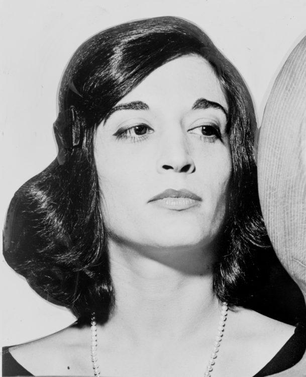 Marisol Escobar (dite Marisol) - AWARE