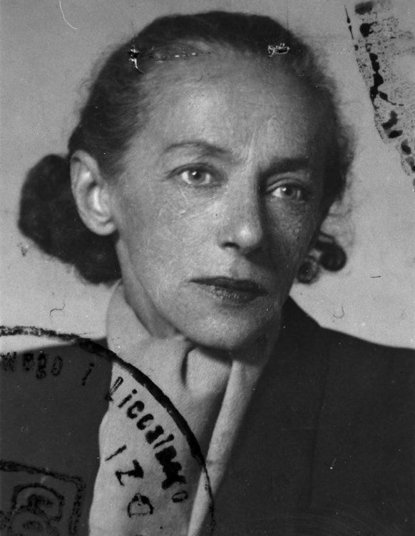 Katarzyna Kobro - AWARE