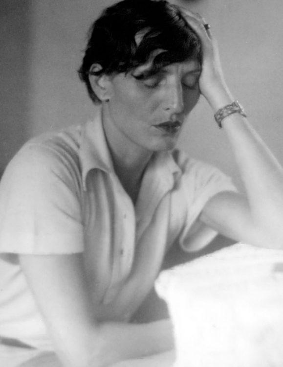 Renée Sintenis - AWARE