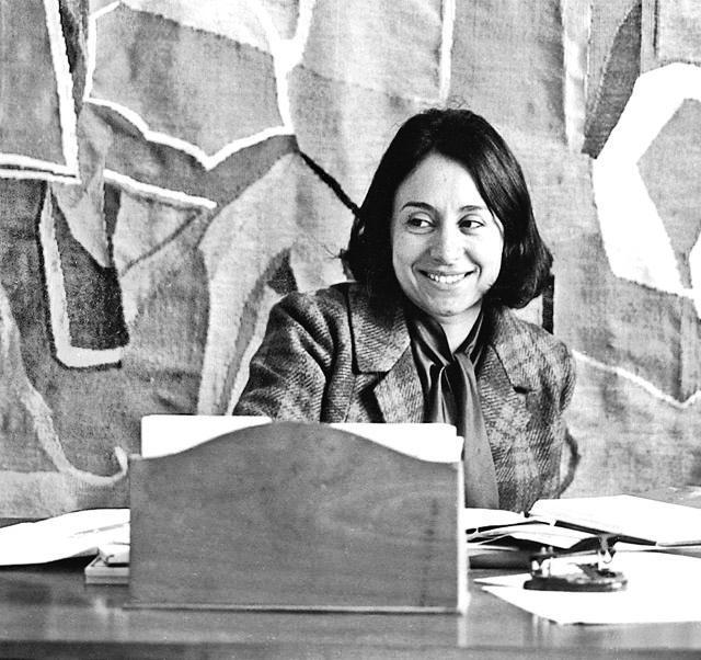 Safia Farhat - AWARE