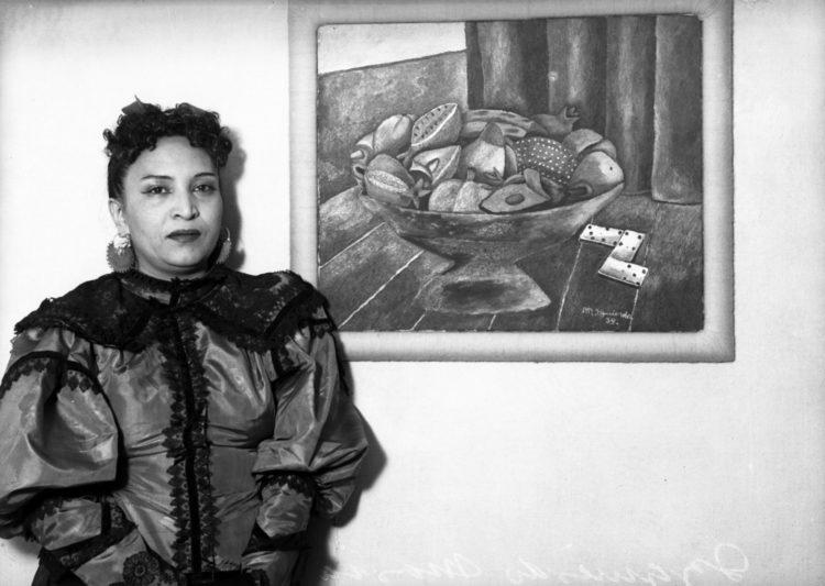 María  Izquierdo - AWARE