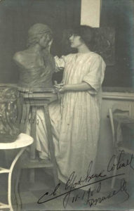 Being a woman sculptor in the first half of the 20<sup>th</sup> century: the case of Claire J. R. Colinet - AWARE Artistes femmes / women artists