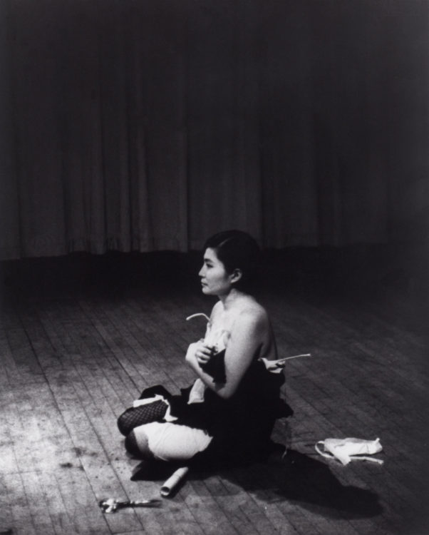 Yoko Ono — AWARE Women artists / Femmes artistes