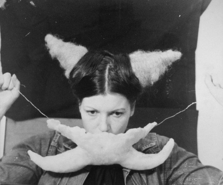 Ulrike Rosenbach — AWARE Women artists / Femmes artistes