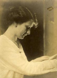 Ergy Landau — AWARE Women artists / Femmes artistes