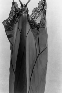 Ishiuchi Miyako : la photographie comme trace - AWARE Artistes femmes / women artists