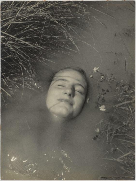 Yvonne Chevalier — AWARE Women artists / Femmes artistes