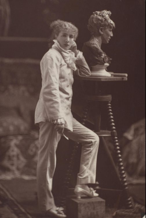 Sarah  Bernhardt - AWARE